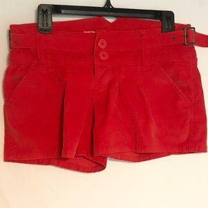 BB Dakota Pleaded Shorts Size 5